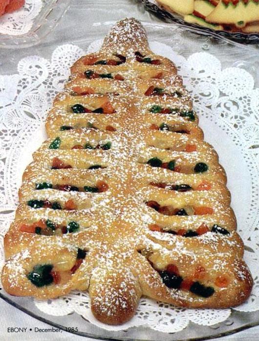 Christmas Coffee Cakes Recipes  Christmas Tree Coffee Cake Recipe
