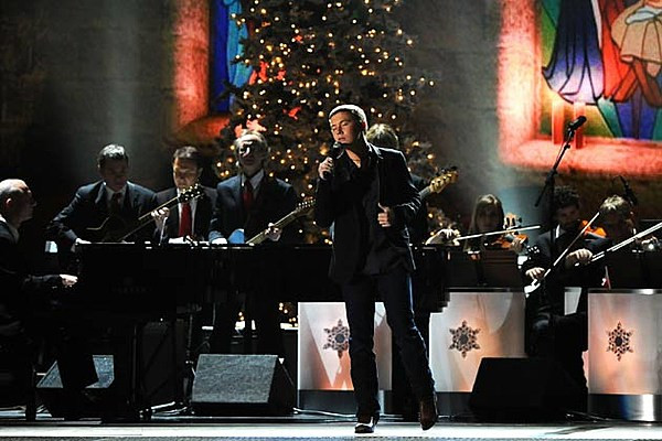 Christmas Cookies Country Song  Scotty McCreery Sings George Strait's 'Christmas Cookies