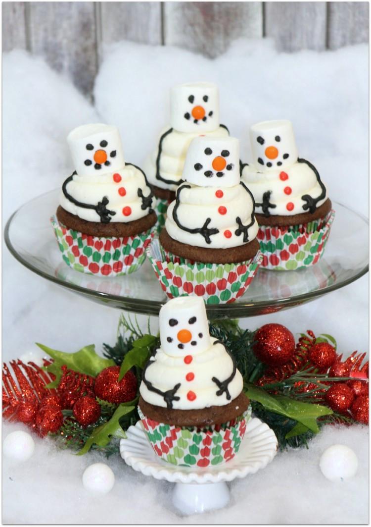 Christmas Dessert Cakes  Festive Christmas Desserts Oh My Creative
