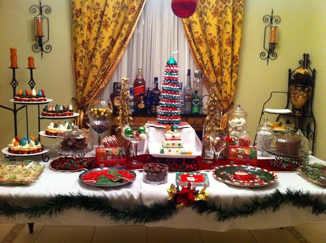 Christmas Dessert Table  Christmas Dessert Table Ideas