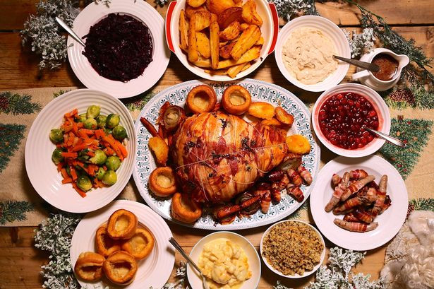 Christmas Dinner Images  Looking forward to Christmas dinner You ll be eating