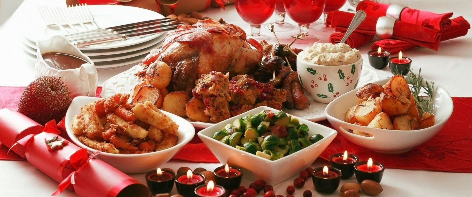 Christmas Dinner Images  How Many Calories the Average American Eats on Christmas