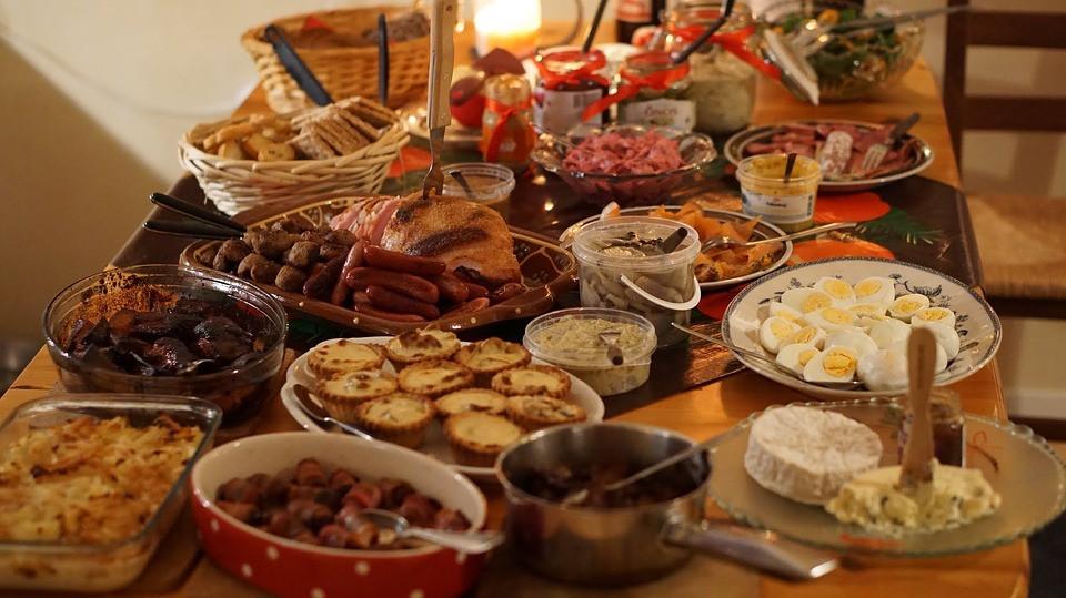 Christmas Dinner Party Ideas  Christmas Dinner Buffet Fest · Free photo on Pixabay