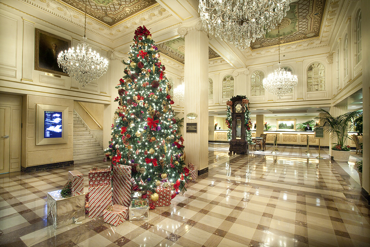 Christmas Dinners In New Orleans  Criollo Announces Menu for Reveillon Christmas Dinners