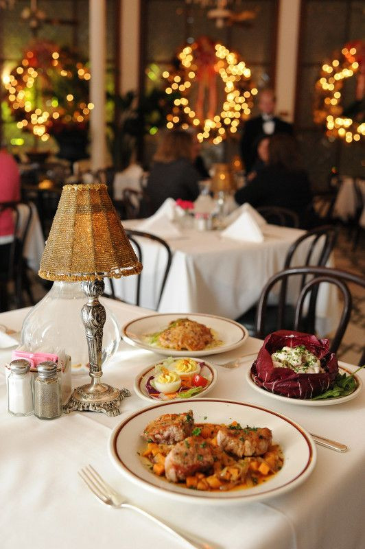 Christmas Dinners In New Orleans  NOLA History 9 New Orleans Holiday Traditions