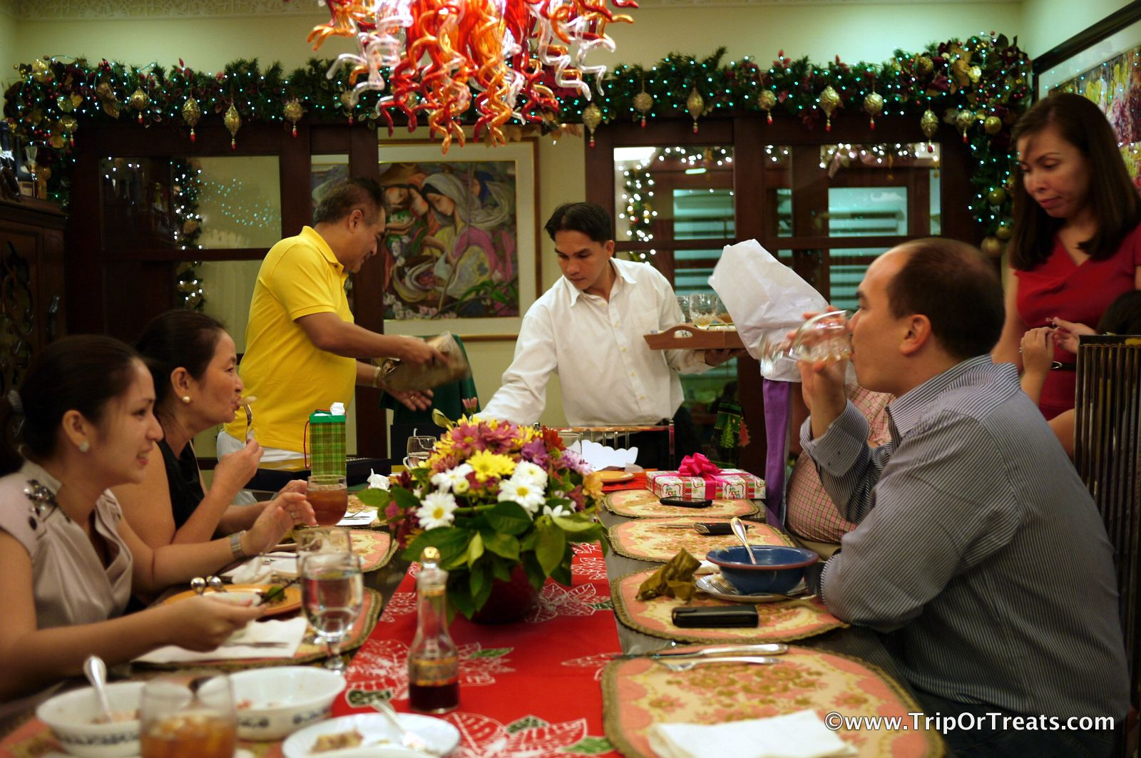 Christmas Dinners In Spain  Nochebuena and Navidad are Spanish words referring to the