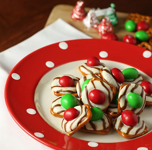 Christmas Finger Desserts  1000 images about Finger Foods on Pinterest