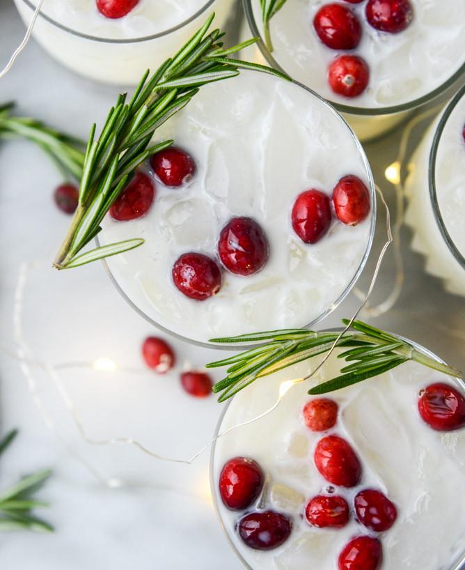 Christmas Margaritas Recipes  White Christmas Margarita Punch