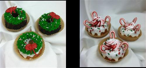 Christmas Mini Bundt Cakes  Christmas Mini Bundt Cakes