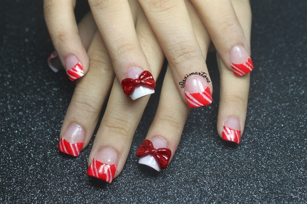 Christmas Nails Candy Cane  Christmas Candy Cane Nails Nail Art Gallery