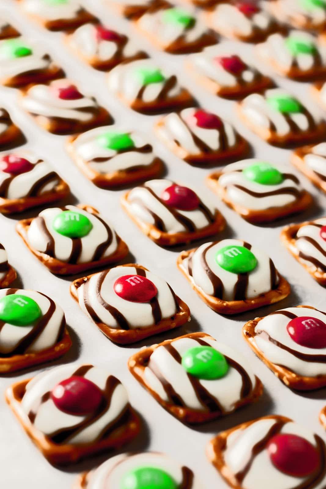 Christmas Pretzels Recipes  Pretzel M&M Hugs Christmas Style Cooking Classy