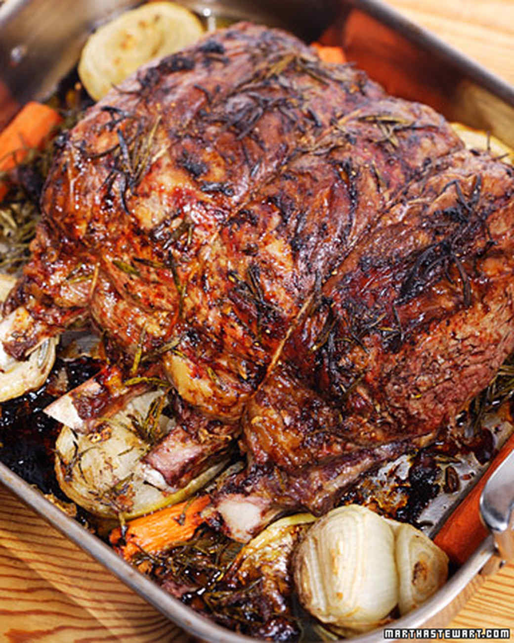 Christmas Prime Rib Recipes  Rib Roast of Beef with Beets Potatoes and Horseradish