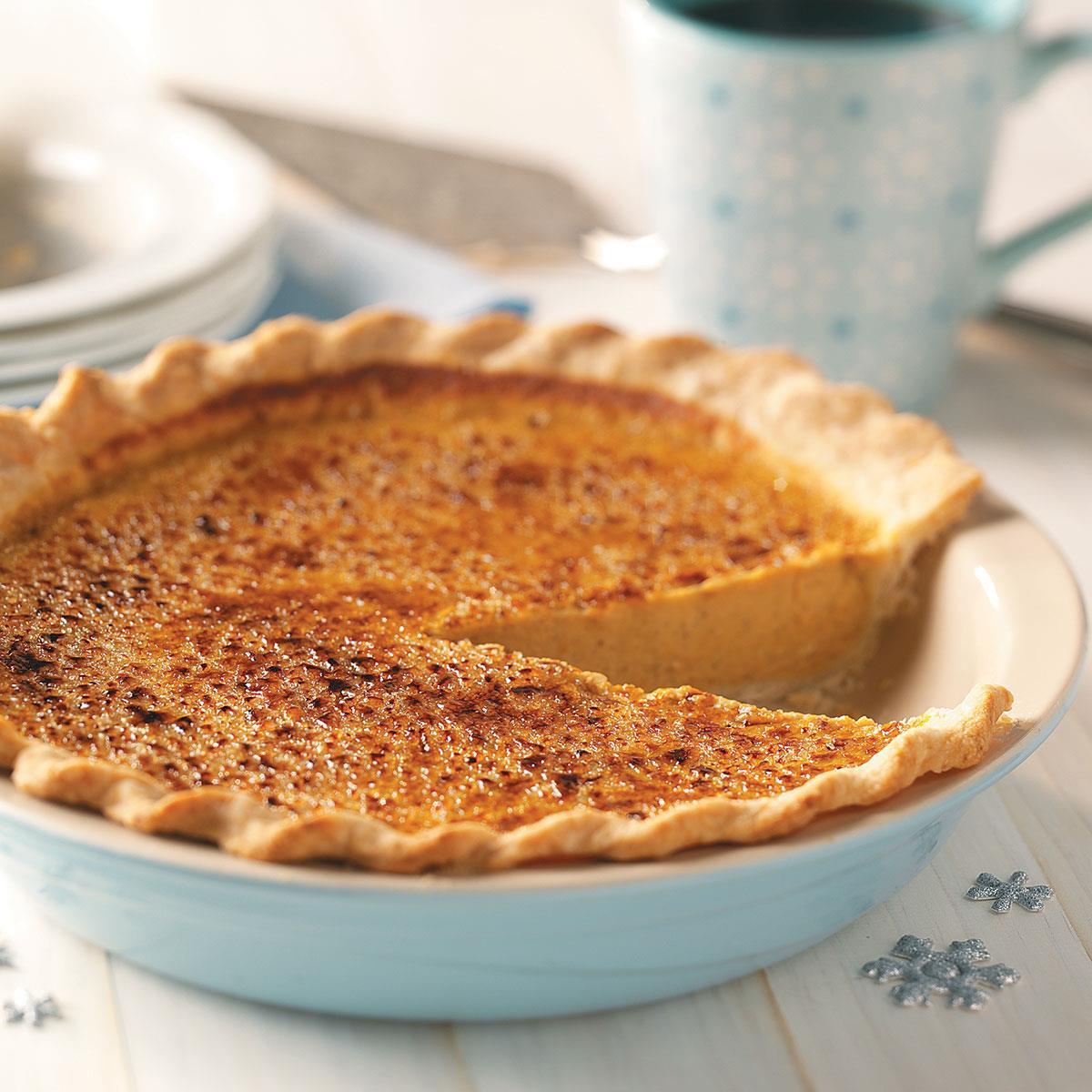 Christmas Pumpkin Pie  Holiday Pumpkin Pie Recipe