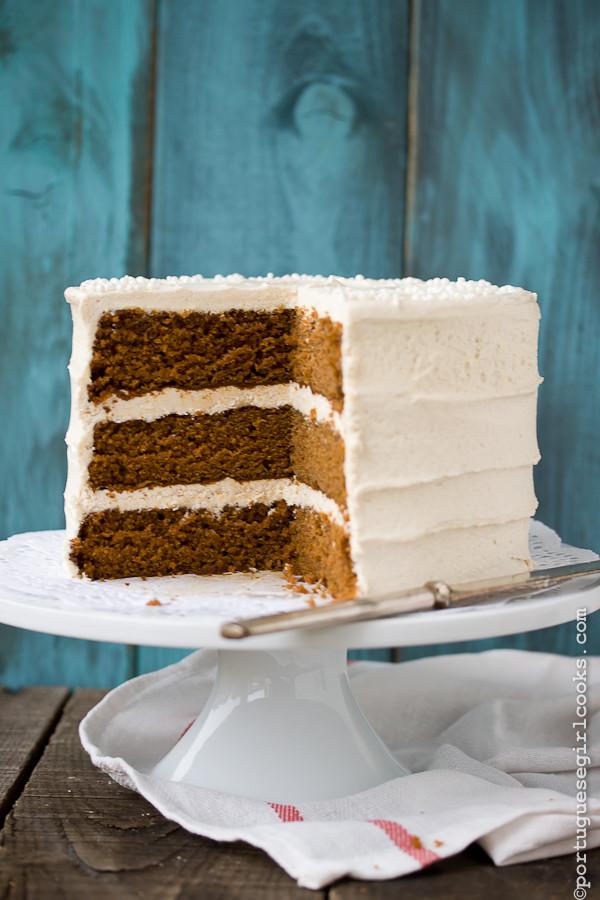Christmas Spice Cake  Holiday Spice Cake with Eggnog Buttercream