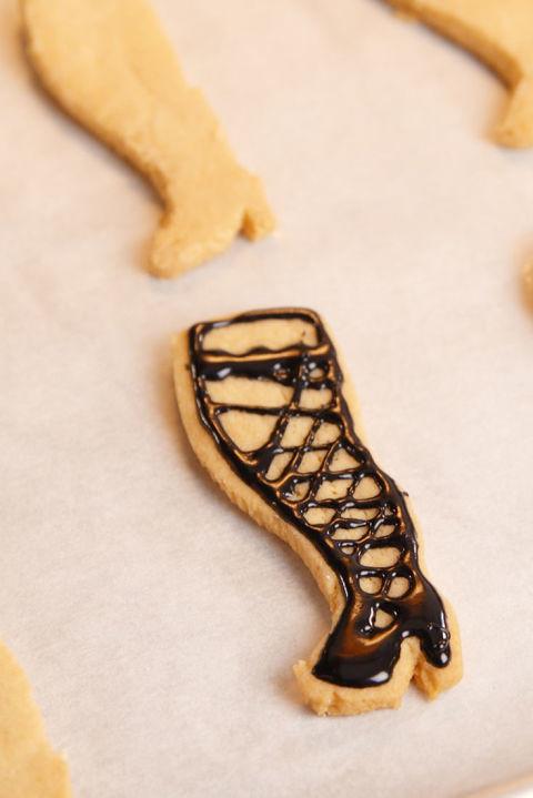 Christmas Story Lamp Cookies  How to Make Leg Lamp Cookies Video Delish