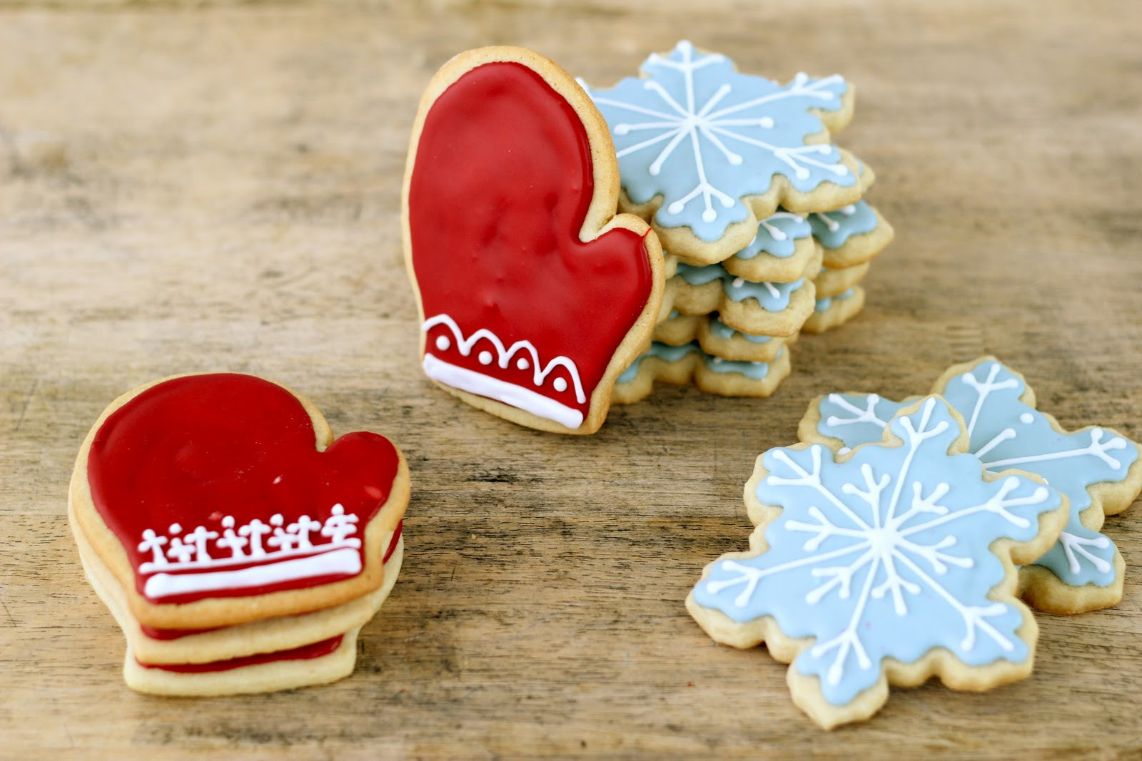 Christmas Sugar Cookies With Icing  Jenny Steffens Hobick Christmas Cookies