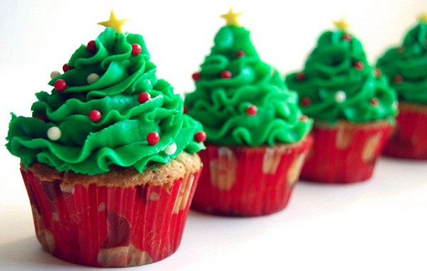 Christmas Tree Cupcakes  The Best Christmas Cupcakes Ideas for 2015