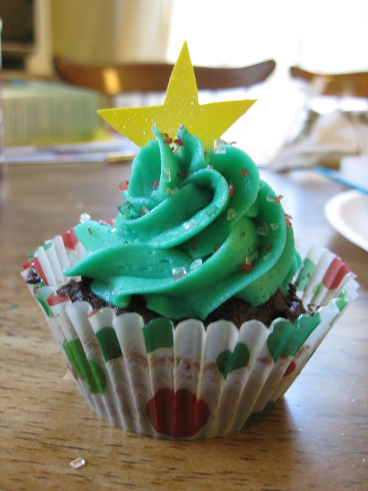 Christmas Tree Cupcakes  ThisIsWhyKtcIsHot Christmas Tree Cupcakes