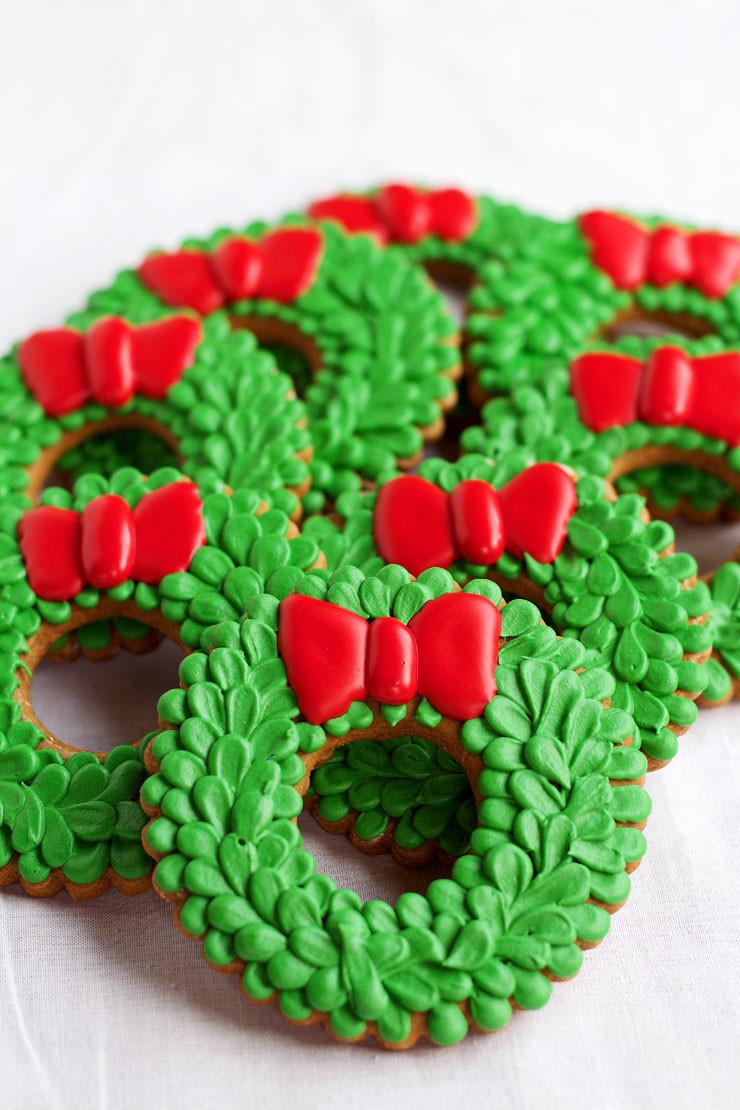 Christmas Wreath Cookies  The Bearfoot Baker