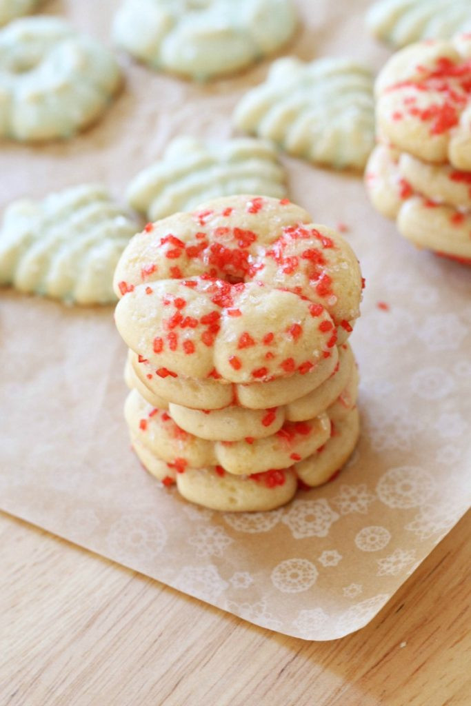 Classic Christmas Cookies  Top 5 Favorite Classic Christmas Cookie Recipes