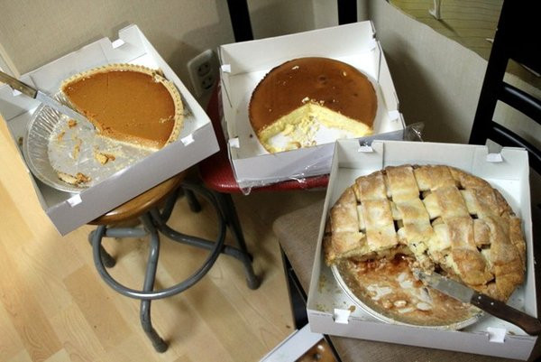 Costco Pies Thanksgiving  costco pies