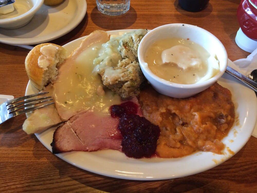 Cracker Barrel Thanksgiving Dinner To Go Price  Turkey dinner on thanksgiving 2014 Yelp