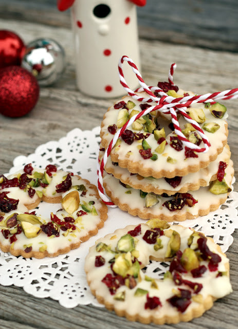 Cranberry Christmas Cookies  butter hearts sugar White Chocolate Pistachio and
