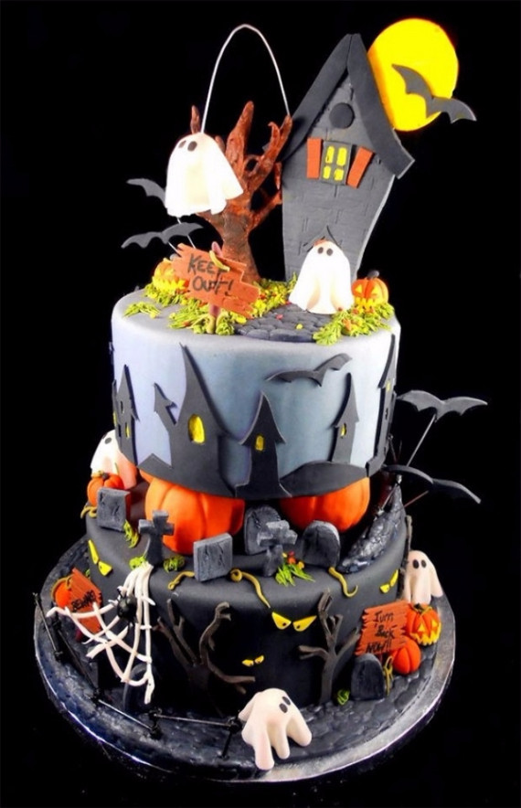 Creepy Halloween Cakes  37 Cute & Non scary Halloween Cake Decorations family