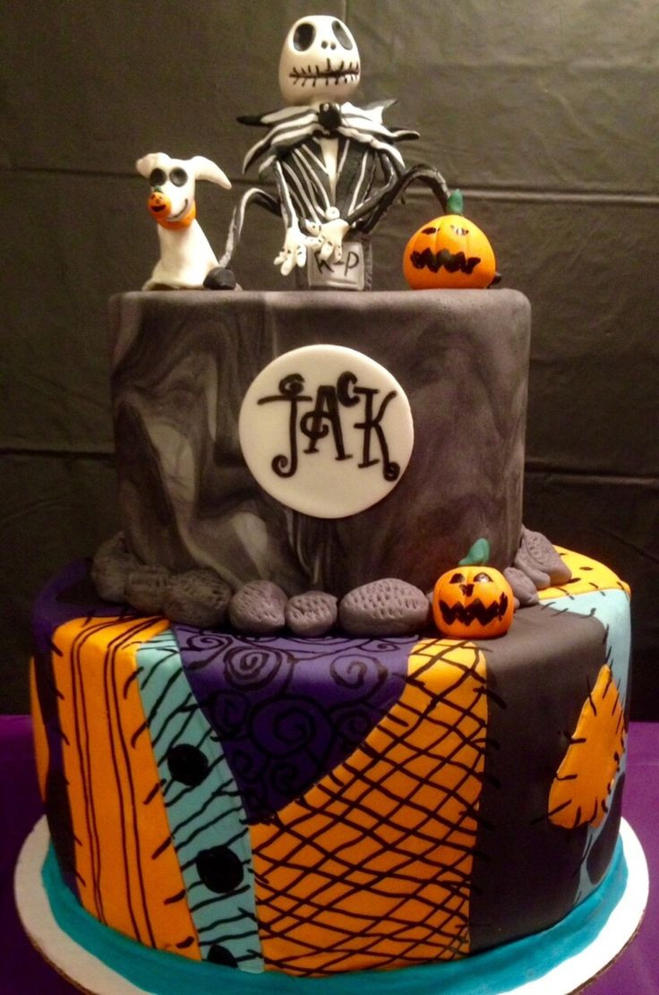 Creepy Halloween Cakes  45 best Creepy Nightmare Before Christmas Cakes images on