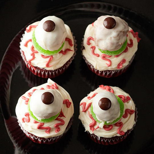 Creepy Halloween Cupcakes  Woot Finger Tips Scary Cupcakes Dare to Eat