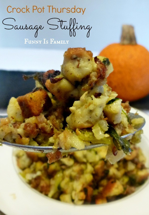 Crockpot Side Dishes For Thanksgiving  Crock Pot Sausage Stuffing