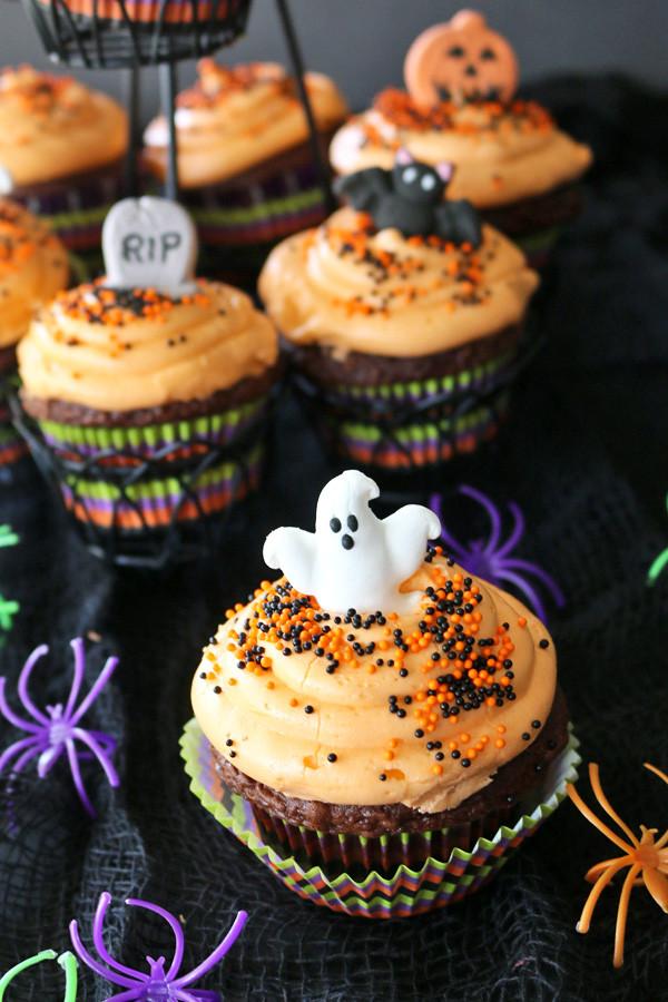 Cupcakes For Halloween  Halloween Cupcakes