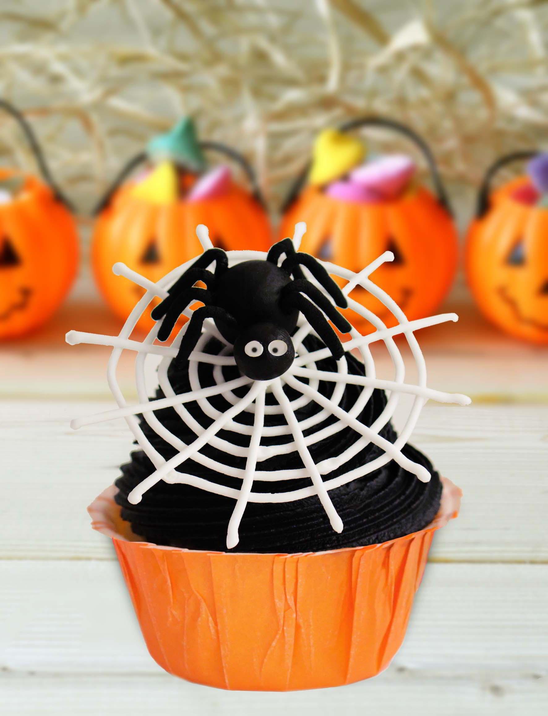 Cupcakes Para Halloween  Cupcakes halloween con telaraña ¡ y arañita My Karamelli