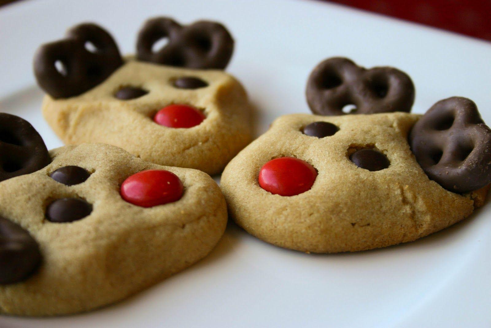 Cute Christmas Cookies Recipes  Reindeer Cookies on Pinterest