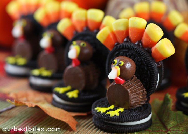 Cute Easy Thanksgiving Desserts  Easy Thanksgiving Oreo Turkey Dessert