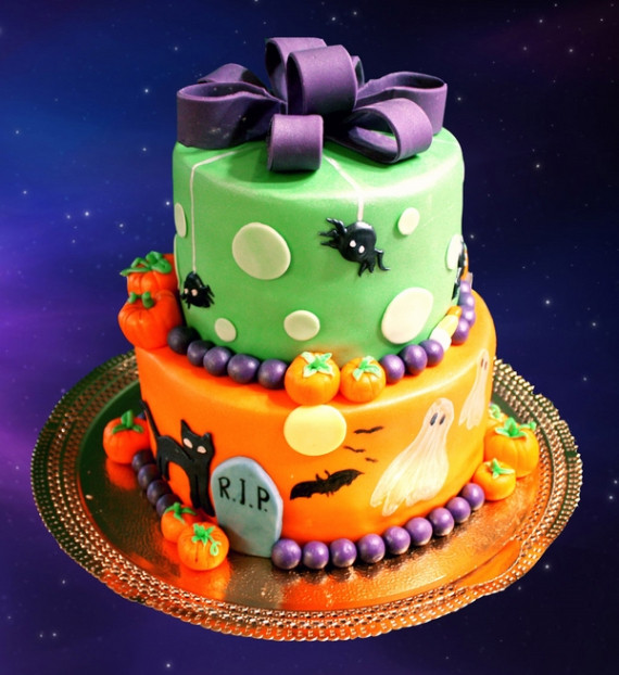 Cute Halloween Cakes  37 Cute & Non scary Halloween Cake Decorations family