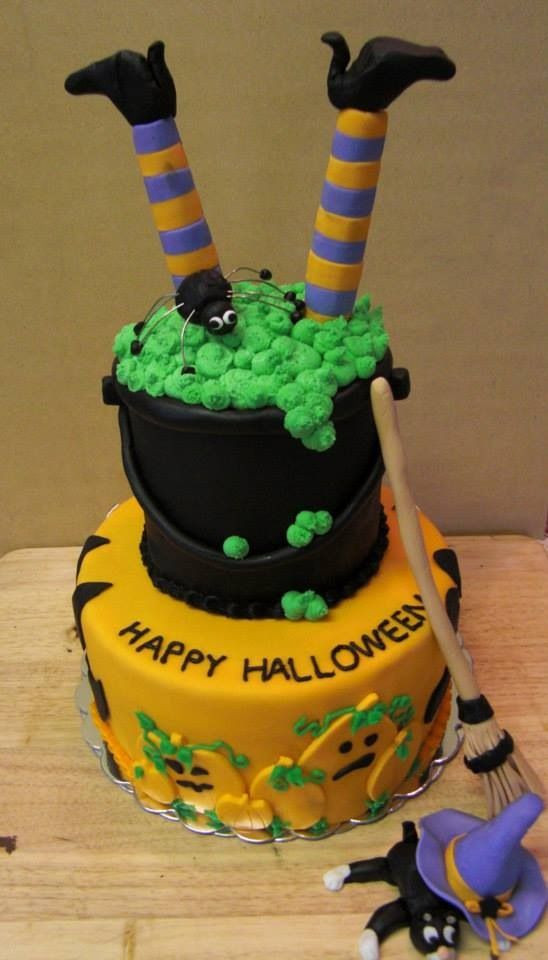 Cute Halloween Cakes  Halloween cakes Cute halloween and Halloween on Pinterest