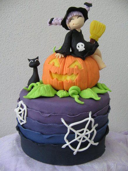 Cute Halloween Cakes  cute Halloween cake cakes Pinterest