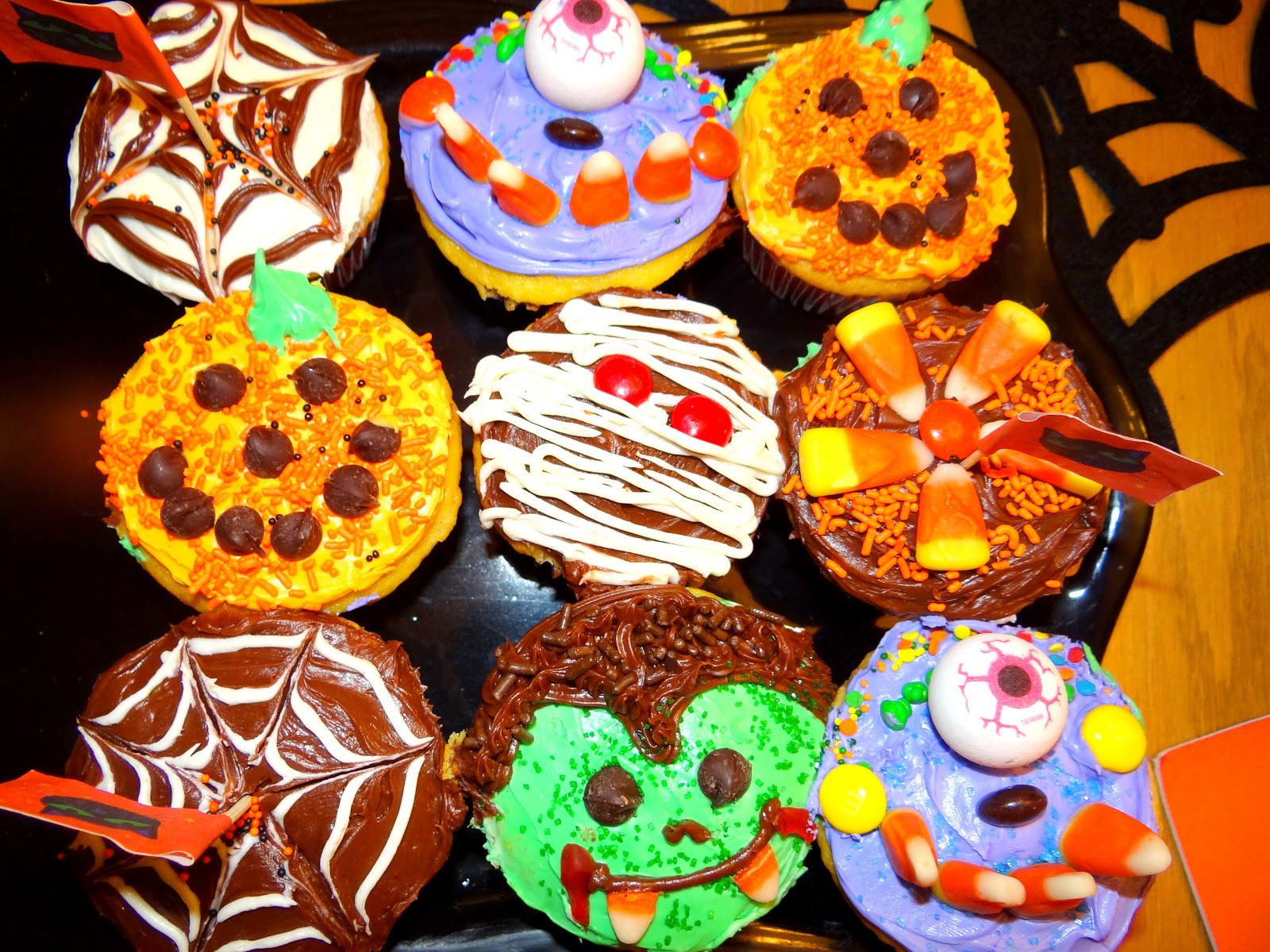 Cute Halloween Cupcakes  Pattie s Place Halloween Cupcakes and Skeleton Brownies