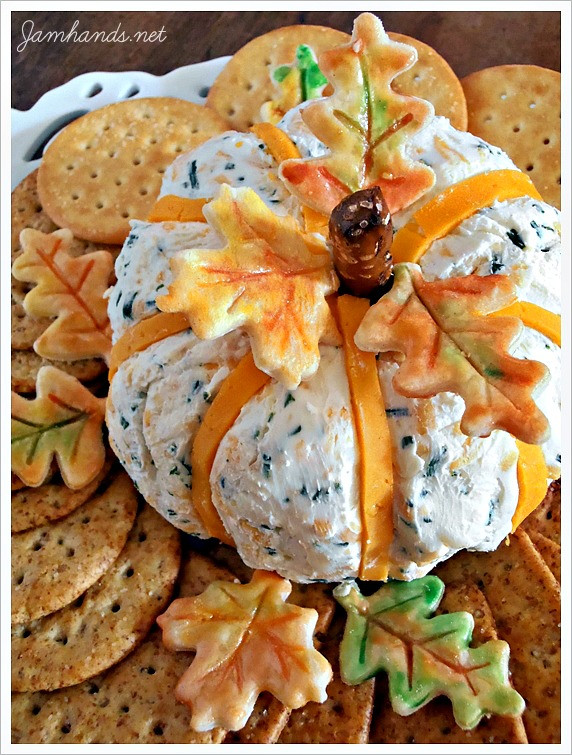 Cute Thanksgiving Appetizers  Best Thanksgiving Recipes Roundup Layers of Happiness