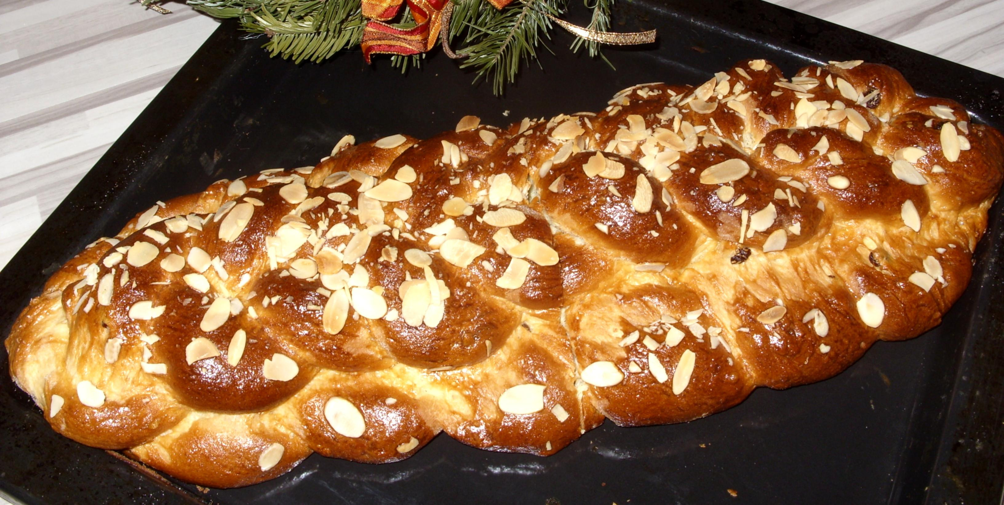 Czech Christmas Bread  vanocka1 – verosweetlife