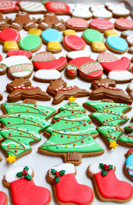 Decorating Christmas Cookies  Christmas Cookies
