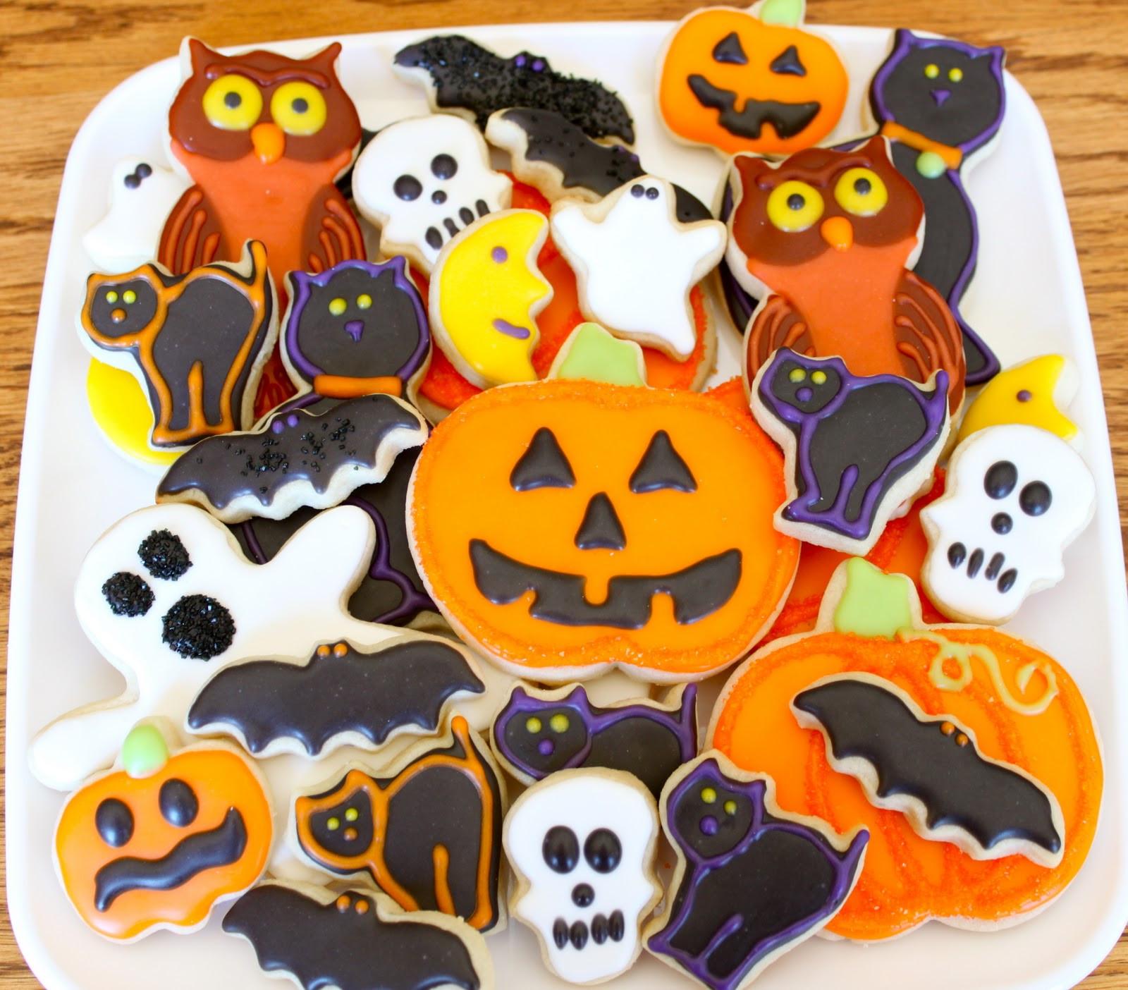 Decorating Halloween Cookies  Teresa s Treat Shop Halloween Time