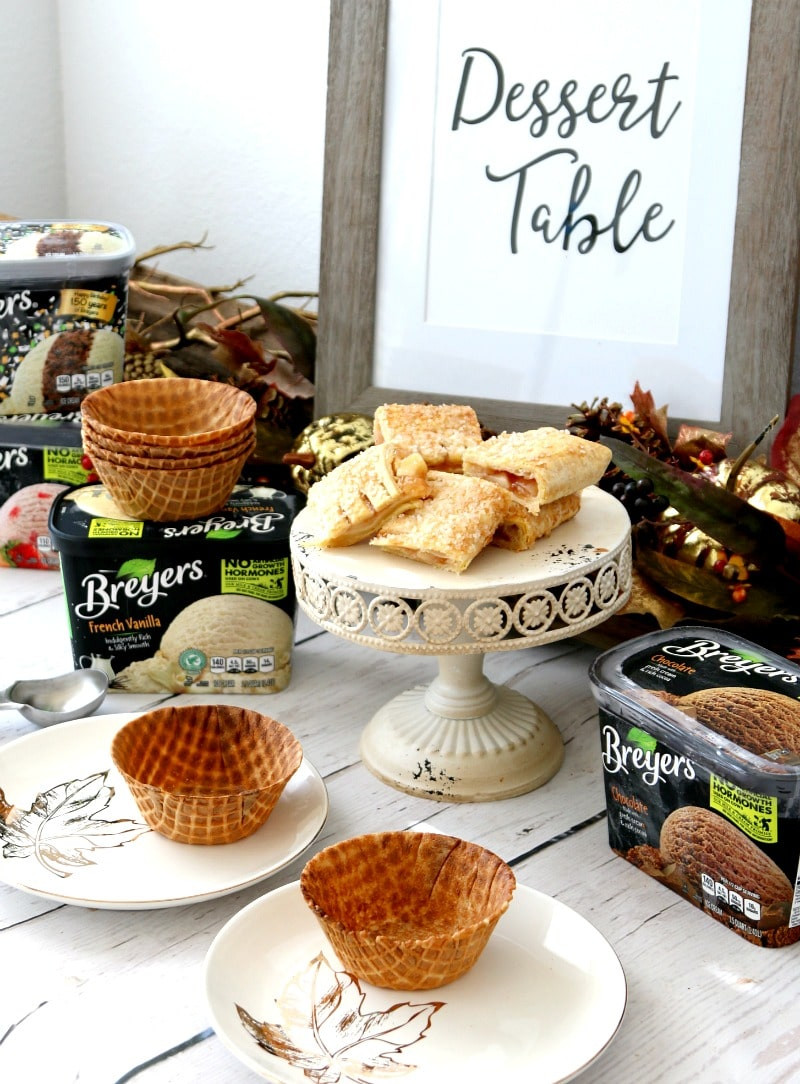 Desserts For Thanksgiving Dinner  Easy no hassle dessert ideas for Thanksgiving dinner MomDot