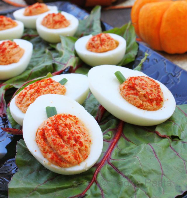 Deviled Eggs For Thanksgiving  Best 25 Thanksgiving deviled eggs ideas on Pinterest