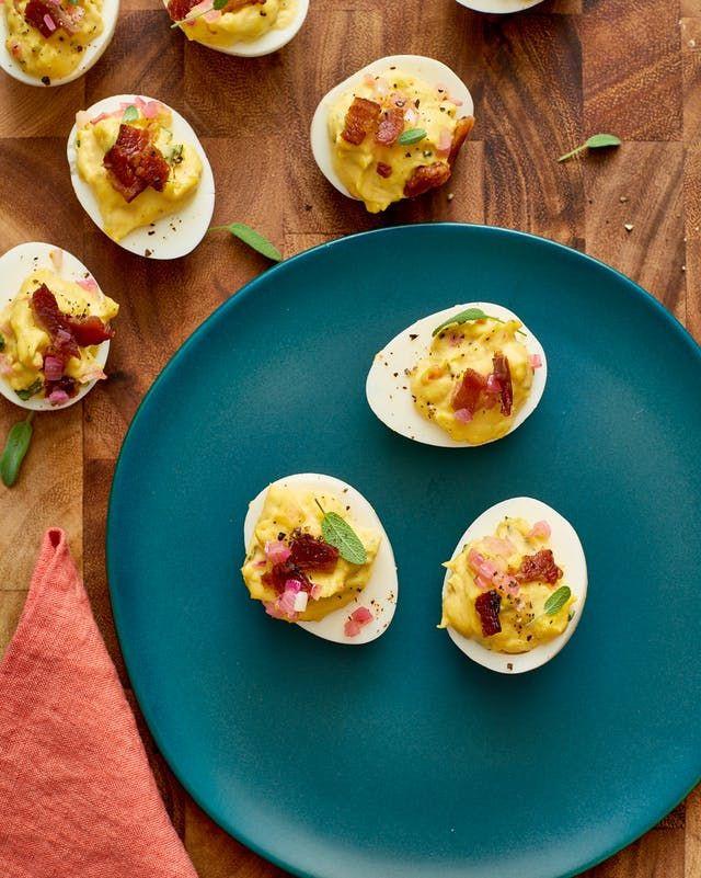 Deviled Eggs For Thanksgiving  Best 25 Thanksgiving deviled eggs ideas on Pinterest