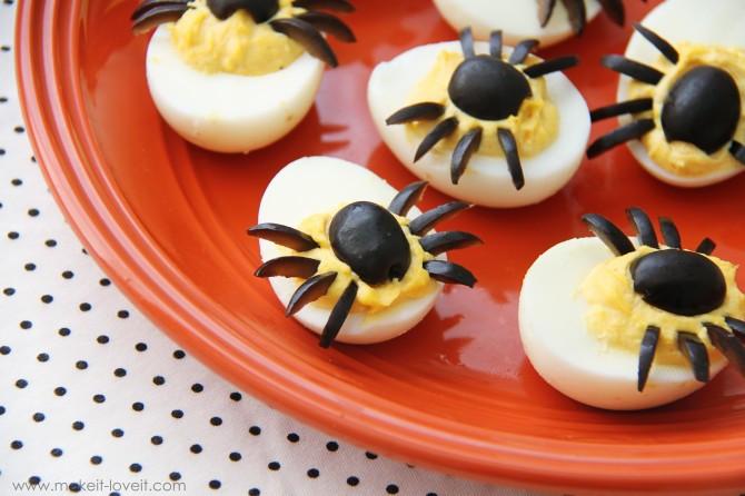 Deviled Eggs Spider Halloween  Spider Eggs aka dressed up deviled eggs
