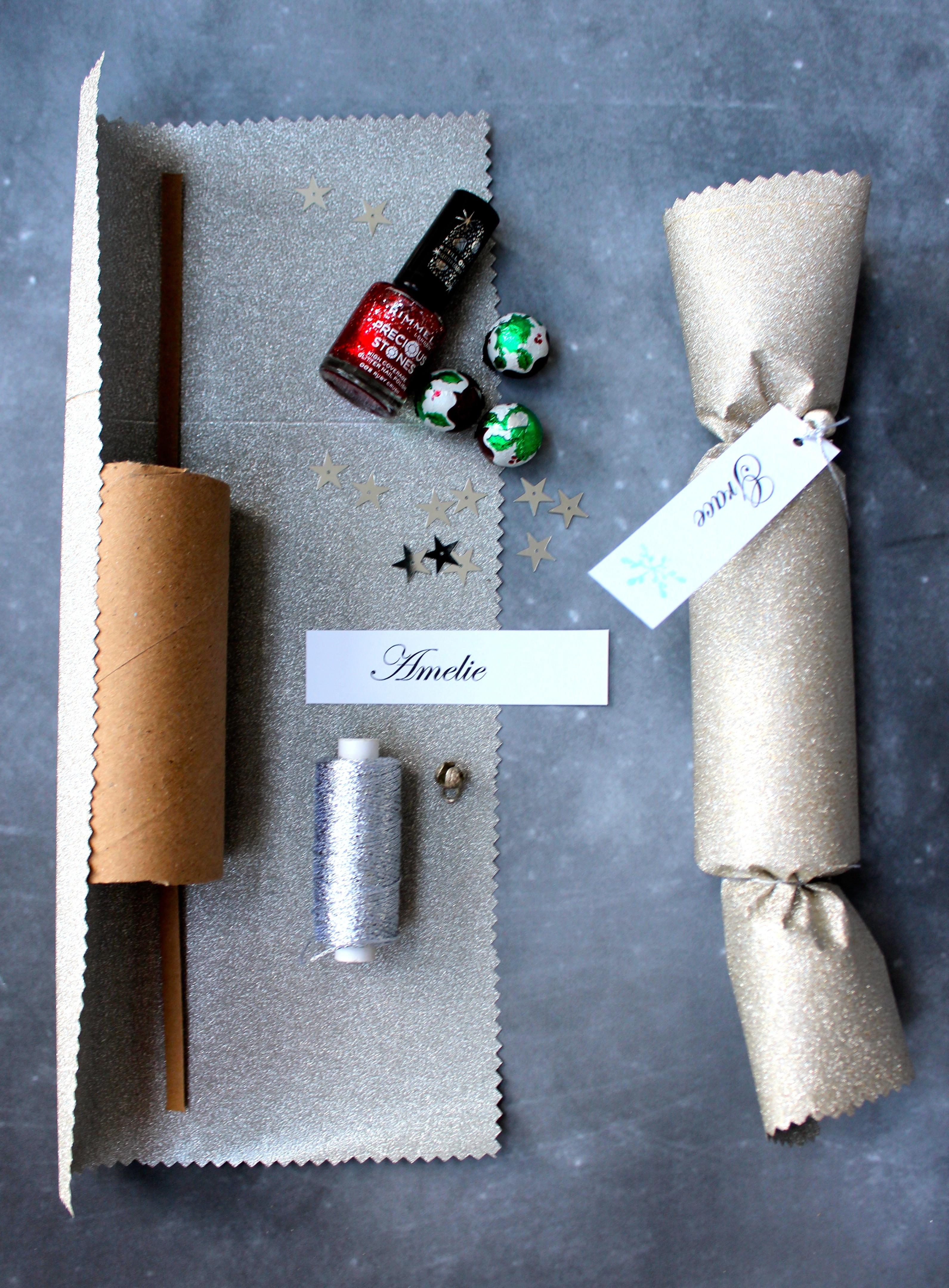 Diy Christmas Crackers  cracker snaps