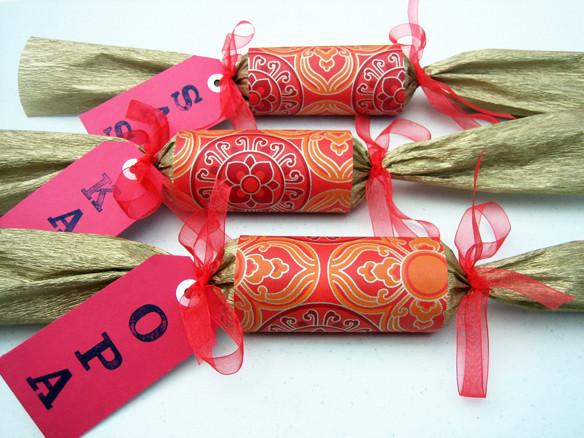 Diy Christmas Crackers  DIY Christmas crackers