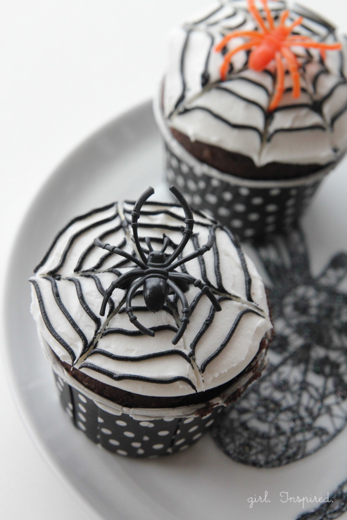 Diy Halloween Cupcakes  5 DIY Halloween Cupcakes girl Inspired